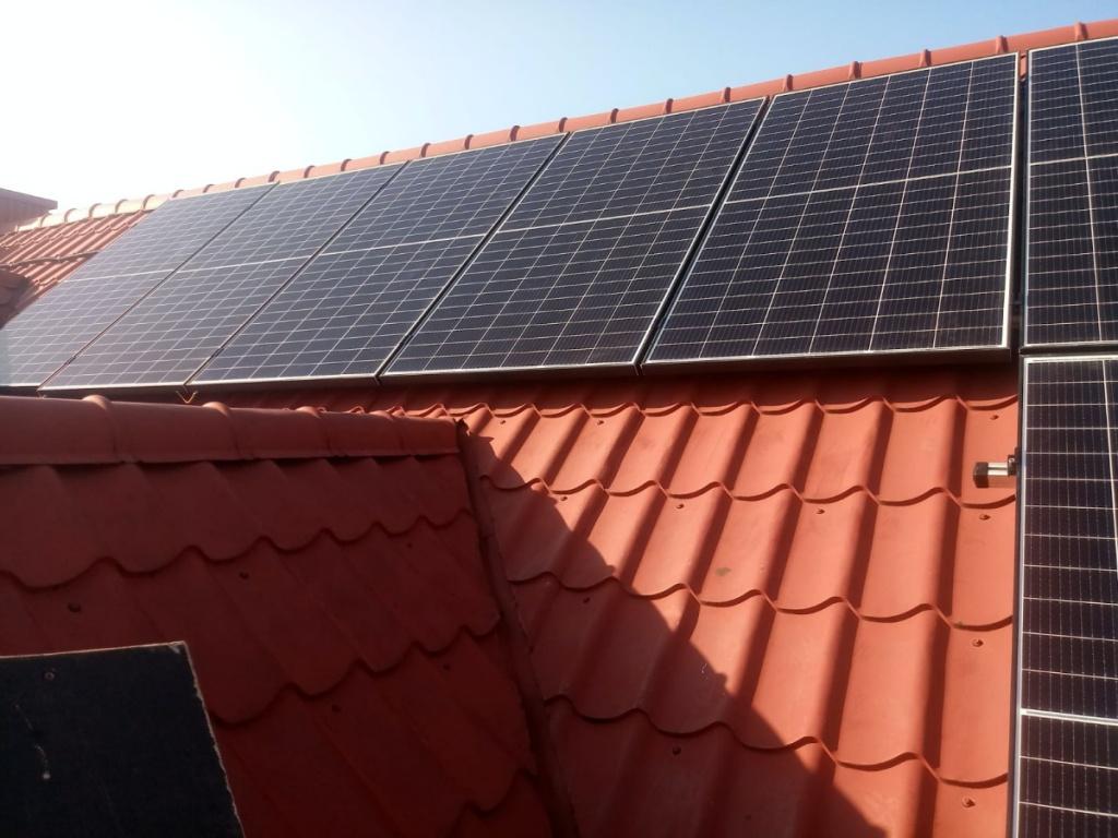 fotowoltaika panele słoneczne energięelektryczną